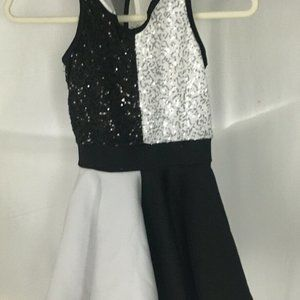 WEISSMAN dance costume girls size SC S Black White